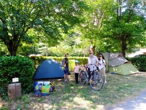 famille vélo camping